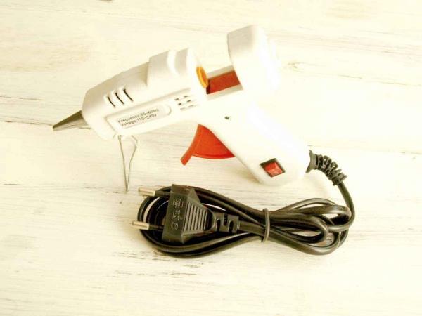 Пистолет для клея маленький арт. hl-b20W