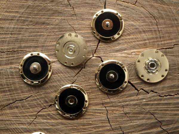 Кнопка пришивная арт. MSK - 51/Blk/G/25mm